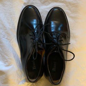 Men's Bass leather Elkinson dress shoes